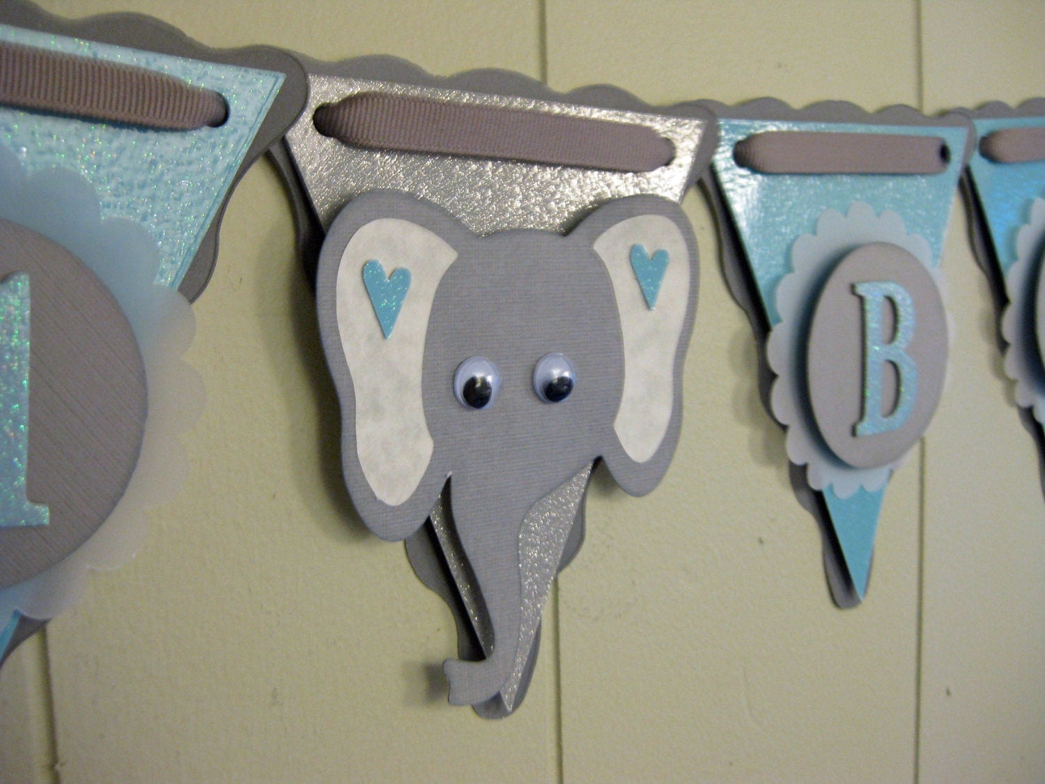 Elephant baby shower decoration elephant by for Decoration elephant