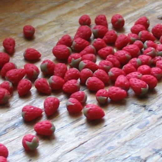 Set of 6 Mini Strawberries