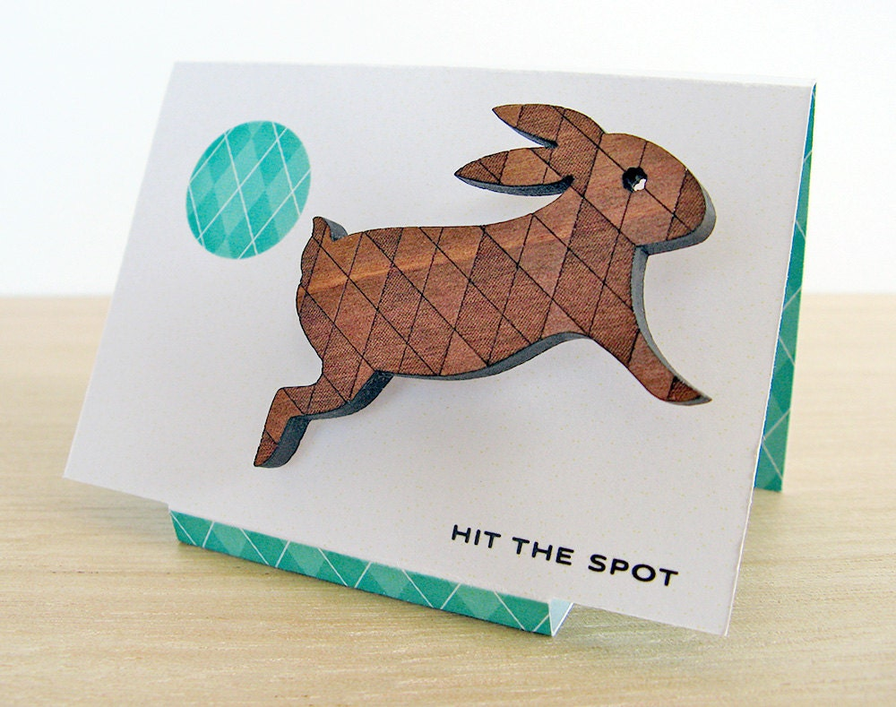 Argyle Bunny - Wooden Brooch engraved with a diamond pattern. - HitTheSpot