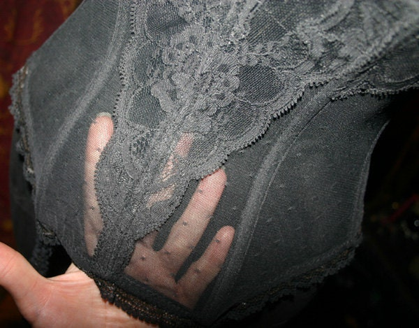 Vintage Vanity Fair Black Sheer Lace Garter Bustier 34