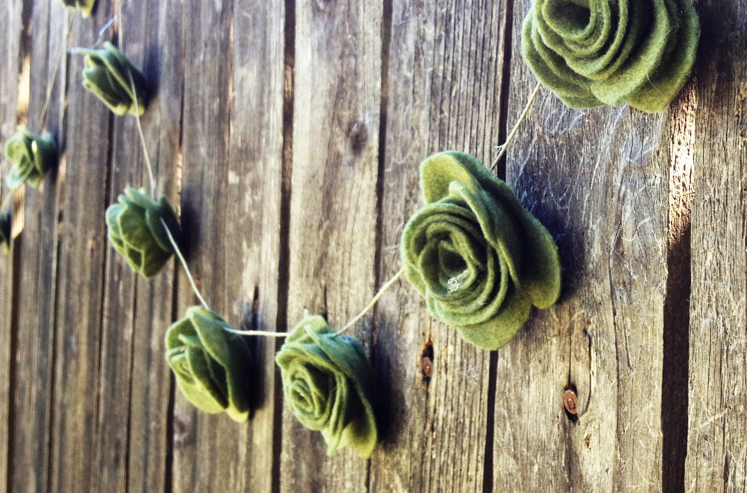 15' Felt Rose Wedding Garland Decoration Decorating Romantic Chic Wedding Cake prop Table Garland  Photo Prop - TheFindSac