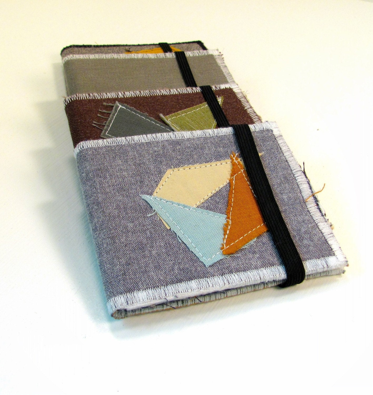 Upcycled Billfold Wallet in Light Gray with Geometric Applique