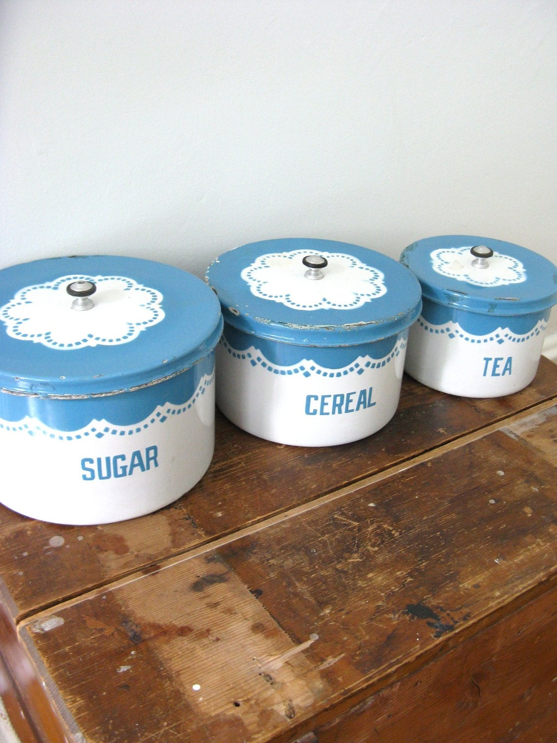 20's - Teal enamelware kitchen canister Made in Canada