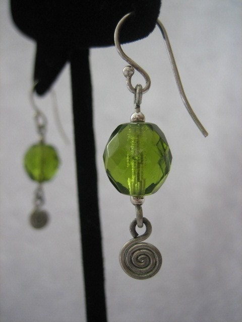 SALE Olivine czech glass and spiral PIKO