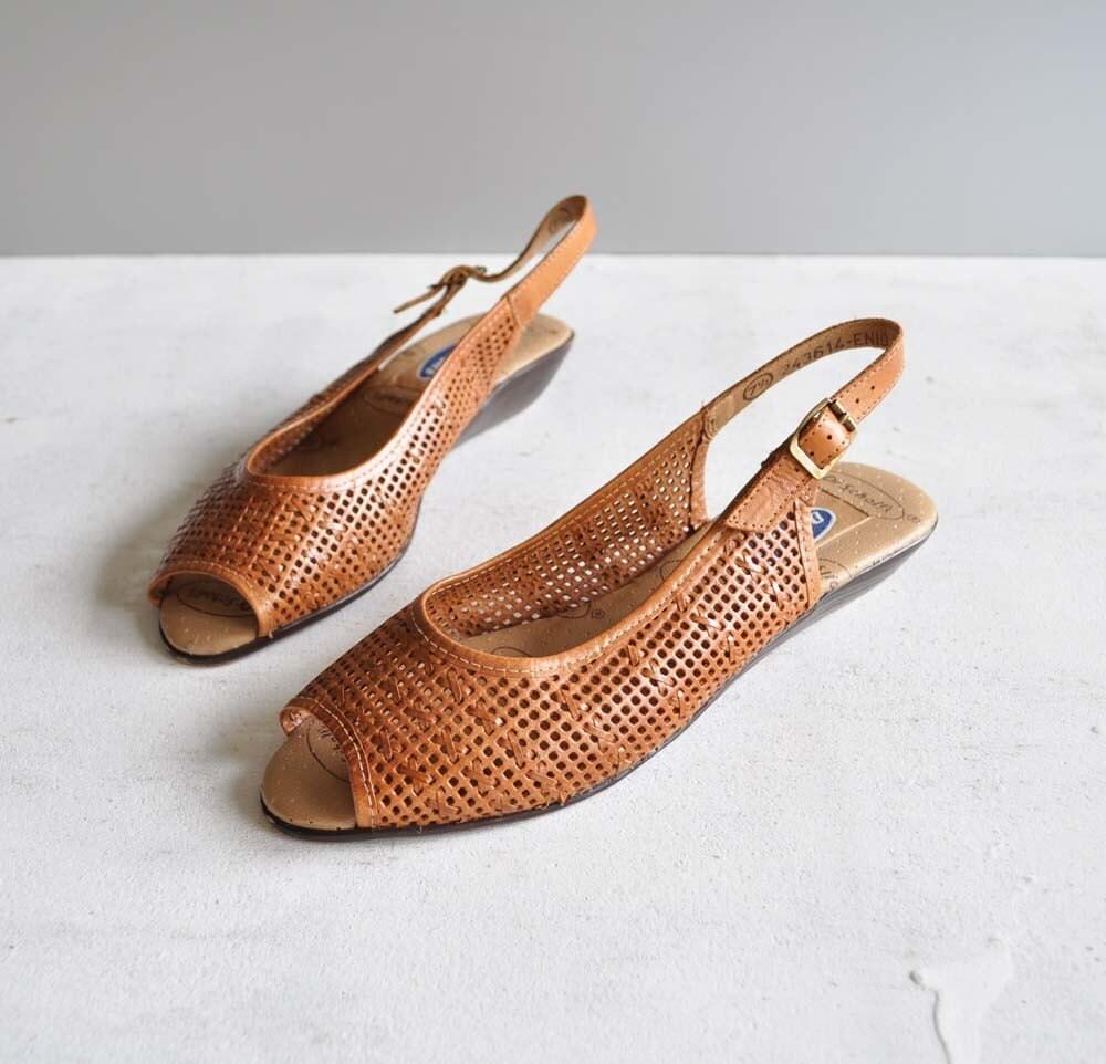 Vintage Kitten Heels | Tsaa Heel