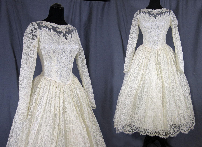 1950s Wedding Dress Ballerina length Chantilly by JanesVintage