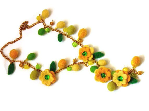 Felt Necklace /Yellow green Felted Necklace /Long Necklace of felt flowers/ glass Beads/  Ready to Ship - Marywool