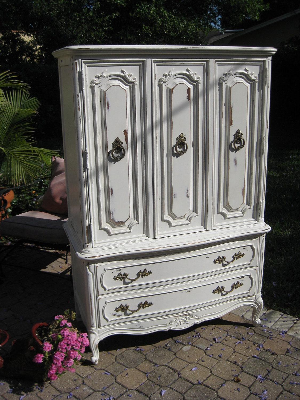 beautiful white french chiffarobe / dresser