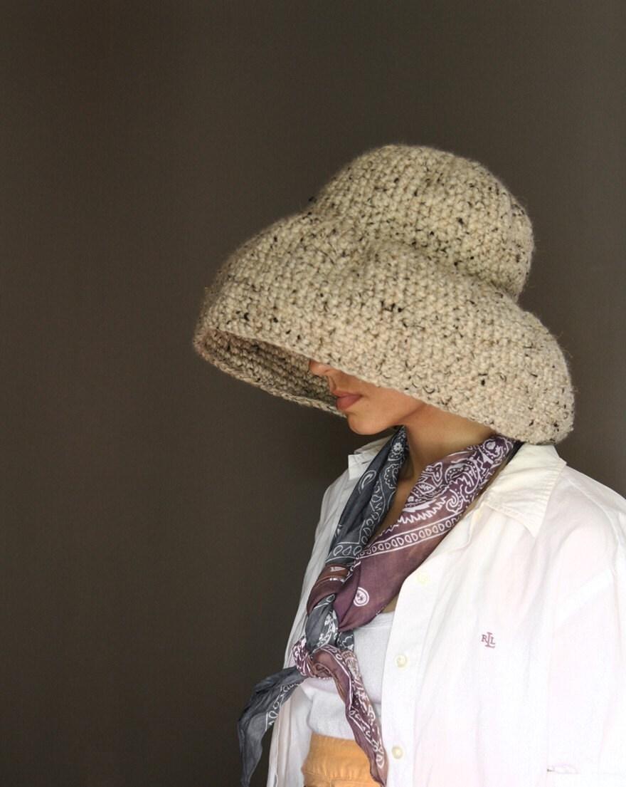 NEW Floppy Weekend Hat in Oatmeal