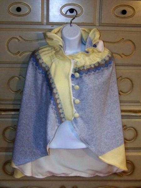 HEATHER Fleece cape