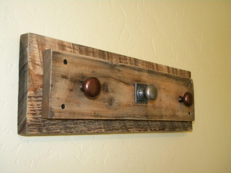 De madera rústica Granero Perchero / collar Titular