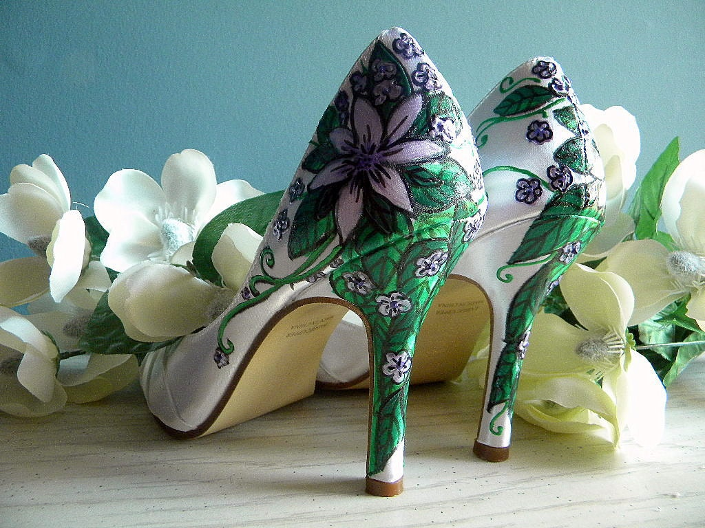 Wedding shoes white peep toes, lilac flowers Old Italy vines