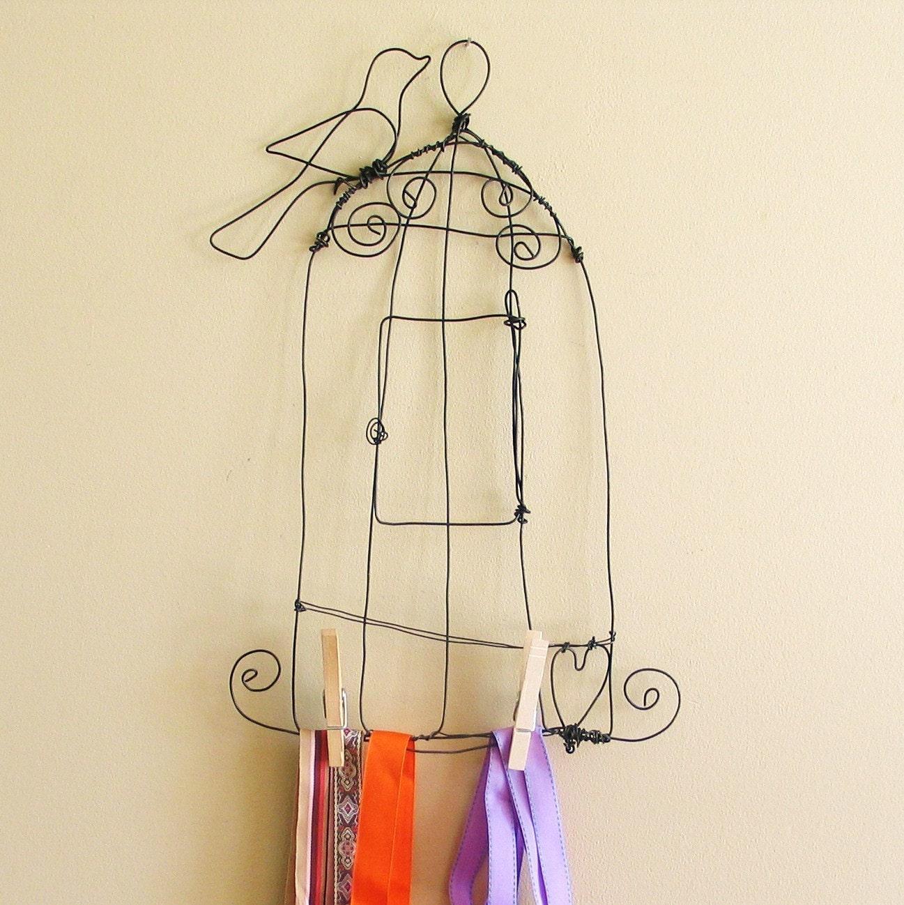 Birdcage Ribbon Organizer