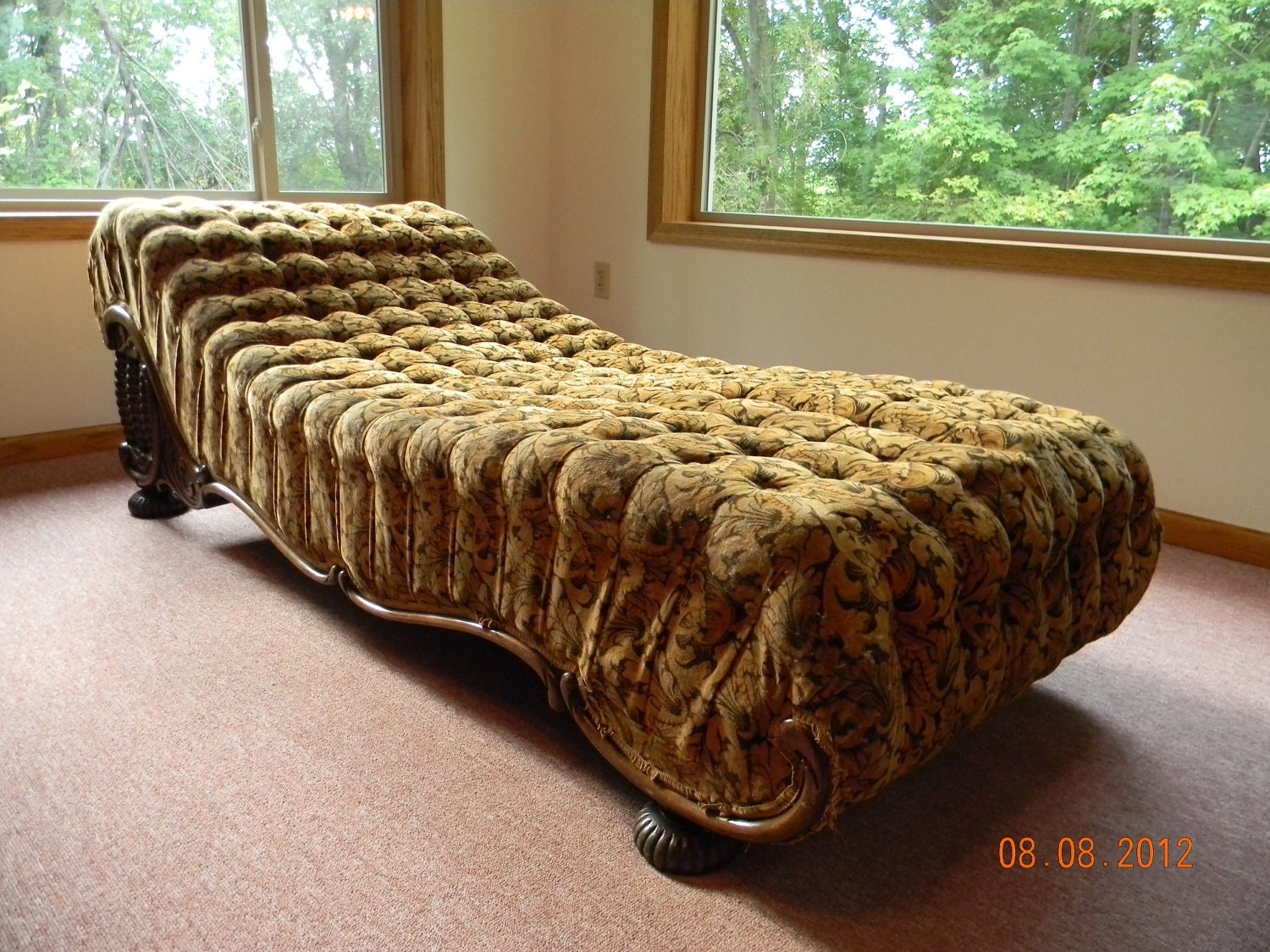 Unavailable listing on etsy for Antique fainting couch chaise
