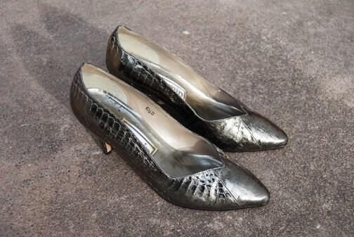 vintage 80s Metallic Pewter Snakeskin Heels Sz 6.5