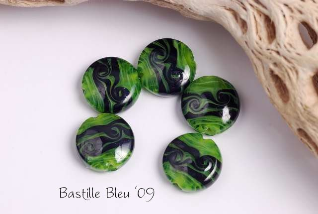 Tribal Kiwi - Lampwork Bead Set
