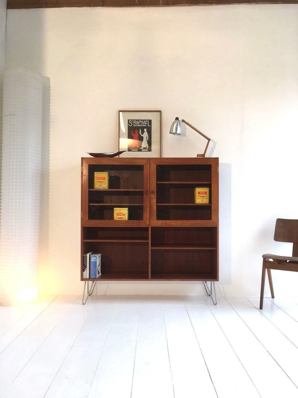 Danish Vintage Display Cabinet  1960s  1970s Mid Century Modern Retro