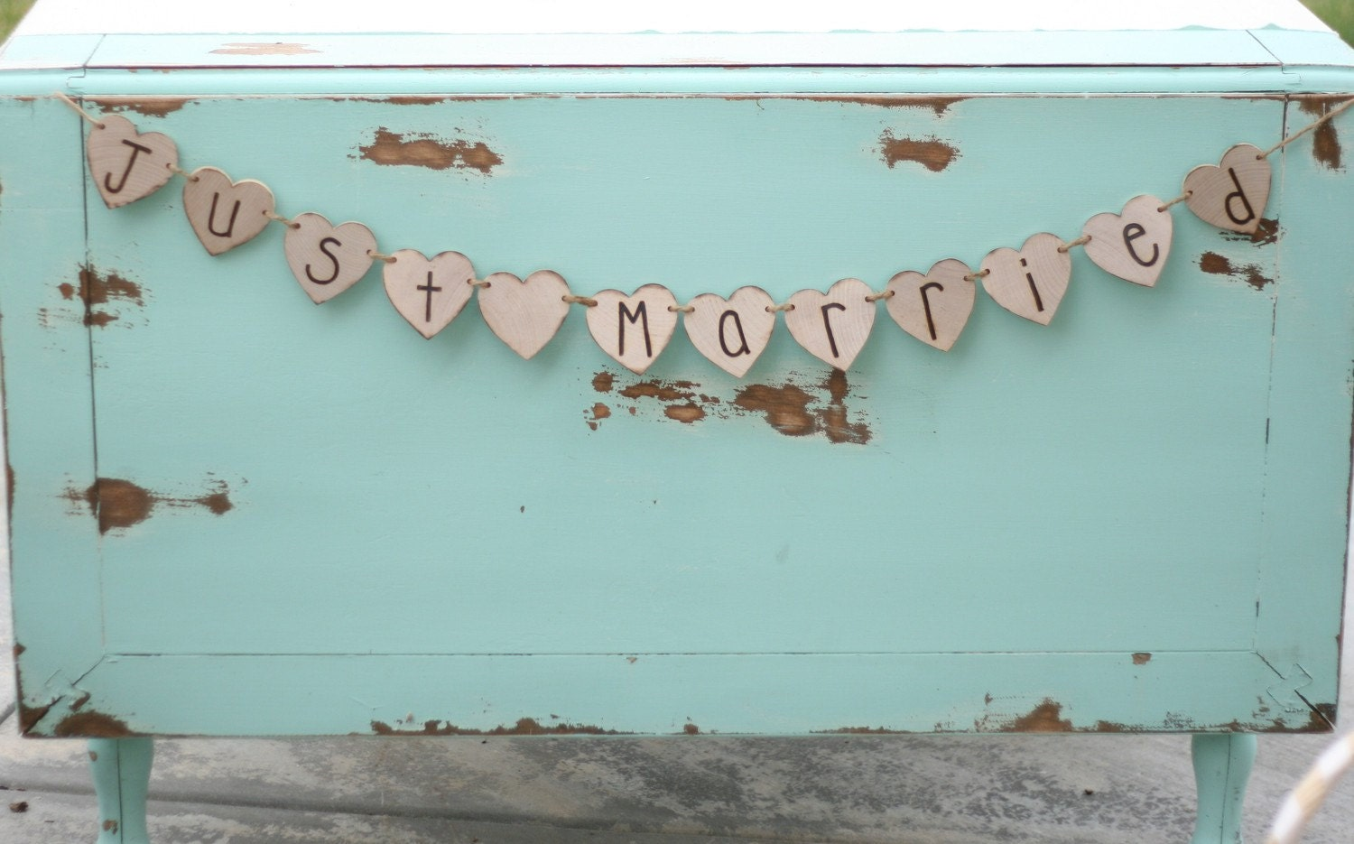Woodland Southern Country Shabby Barn Chic Just Married Engraved Wood Banner Rustic Woodland Photo Prop Sign Lake Beach Cottage CHIC Reception Table Decoration