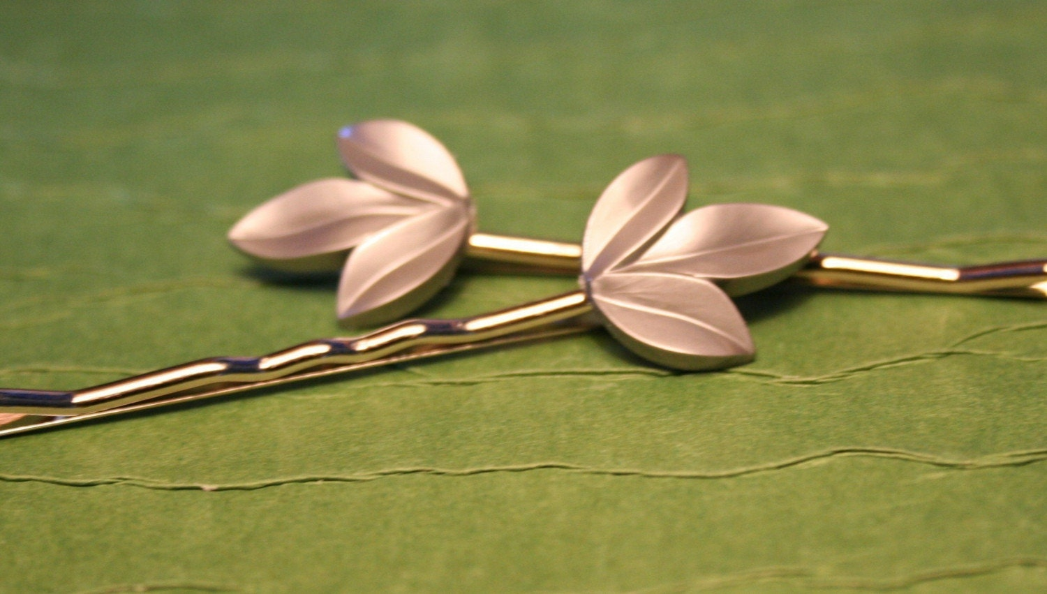 Silver Lining Leaves Bobbie Pin Set