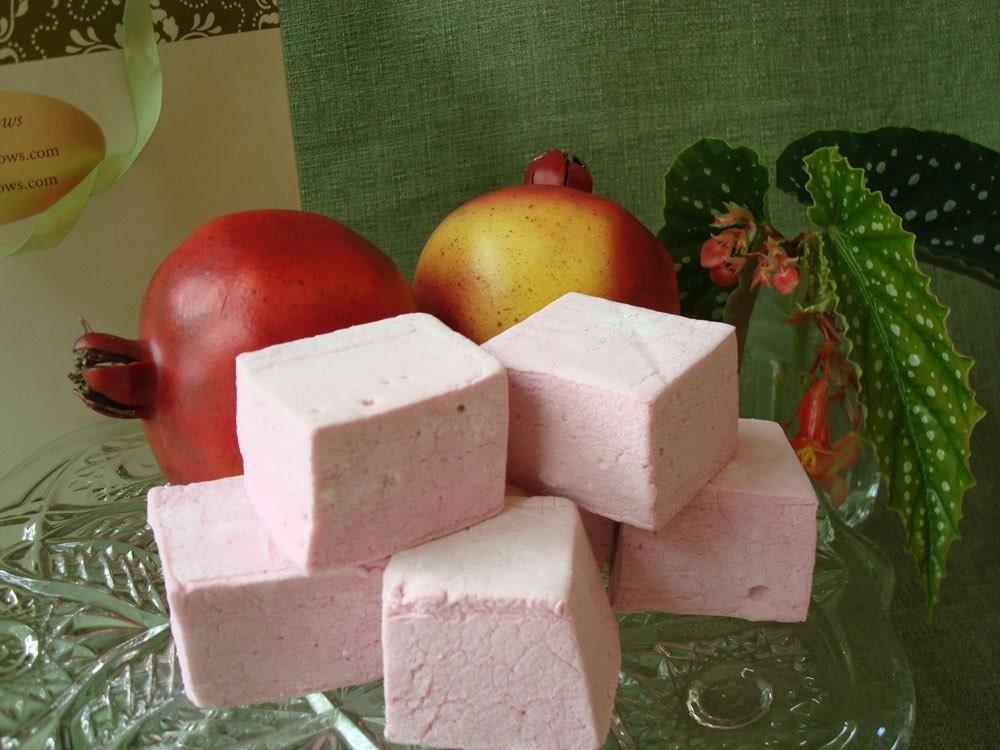 18 Gourmet Pomegranate Marshmallows