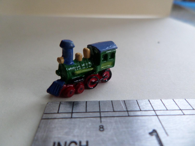 1:12th Colourful Toy Train Dolls House Nursery