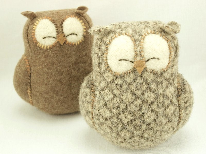 Upcycled Felted Wool Sleepy Owl in Natural White and Beige