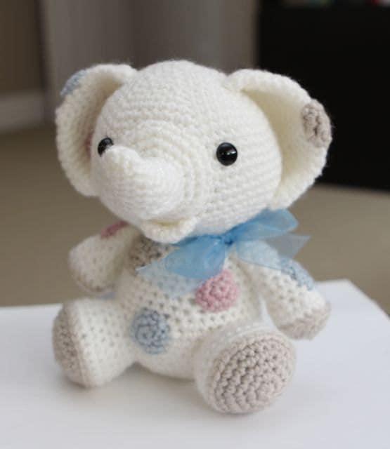 Amigurumi Crochet Pattern Peanut the Elephant by littlemuggles