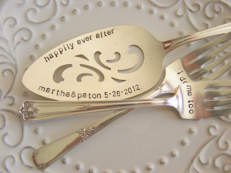 cottage chic wedding cake server and forks set by babypuppydesigns