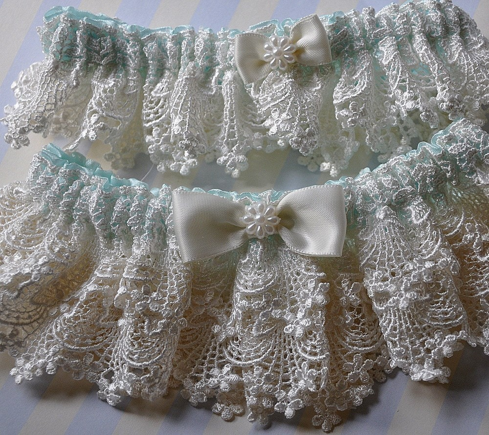 Soft Candle Venice Heirloom Garter Set with Tiffany Blue Satin and Satin Bow and Pearl Flower Centerings