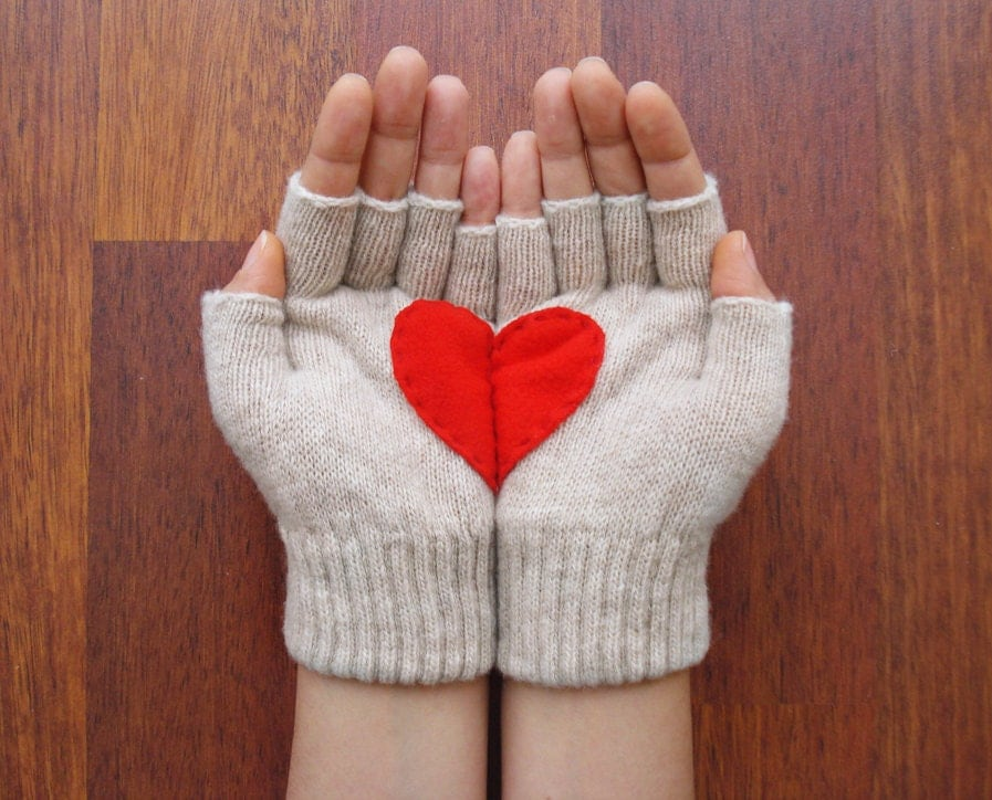 Handful of Heart, Fingerless Cream Gloves with Red Felt Heart