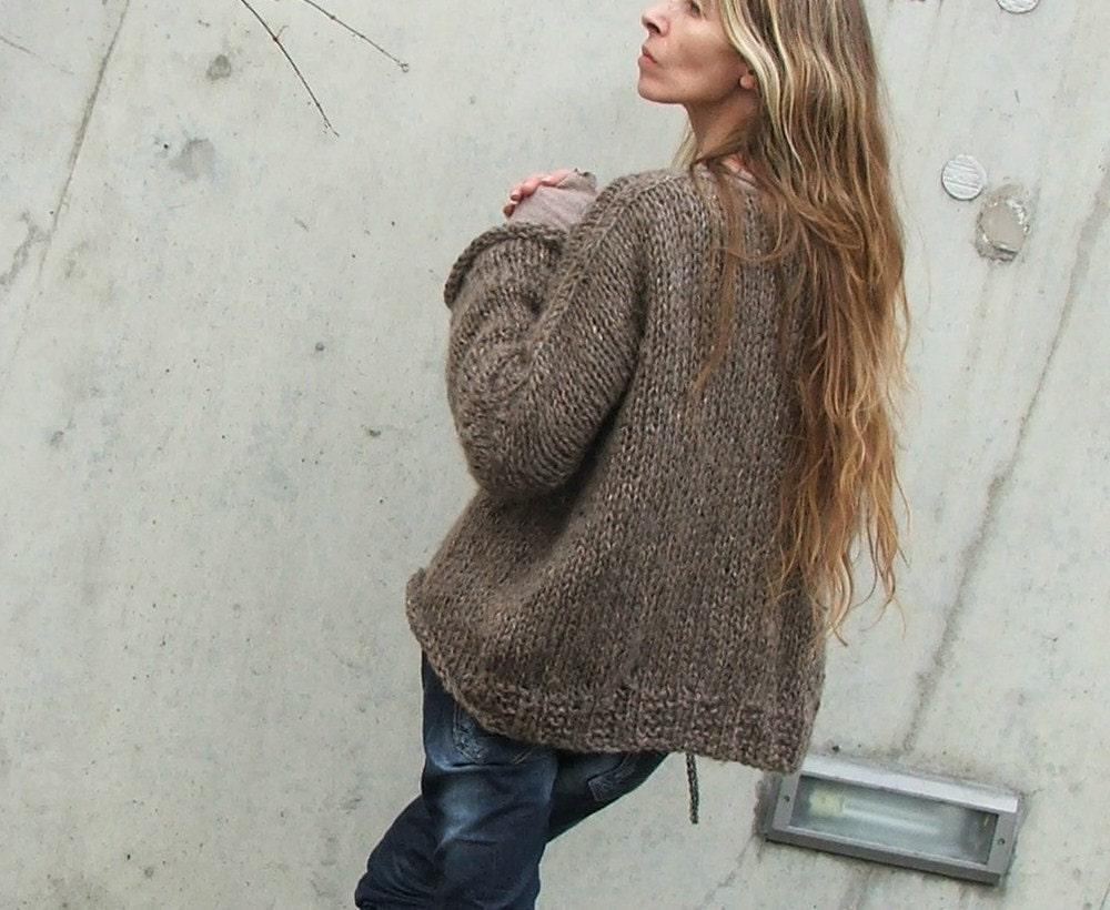 iLE AiYE Soft Comfy Brown sweater Ltd edition