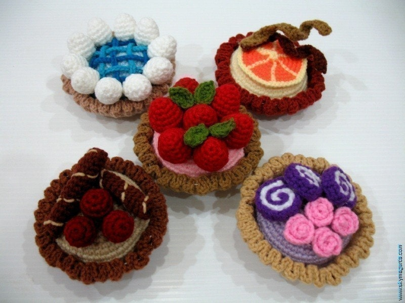 Crochet Pattern-MINI TARTS- playfood / toys-PDF