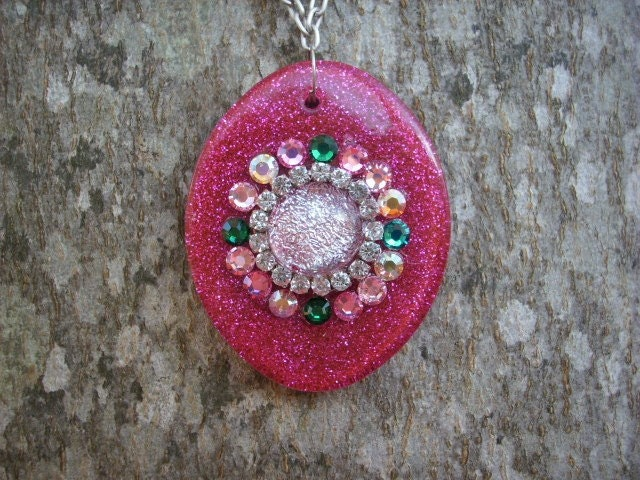 FUSHIA Large BLING oval pendant