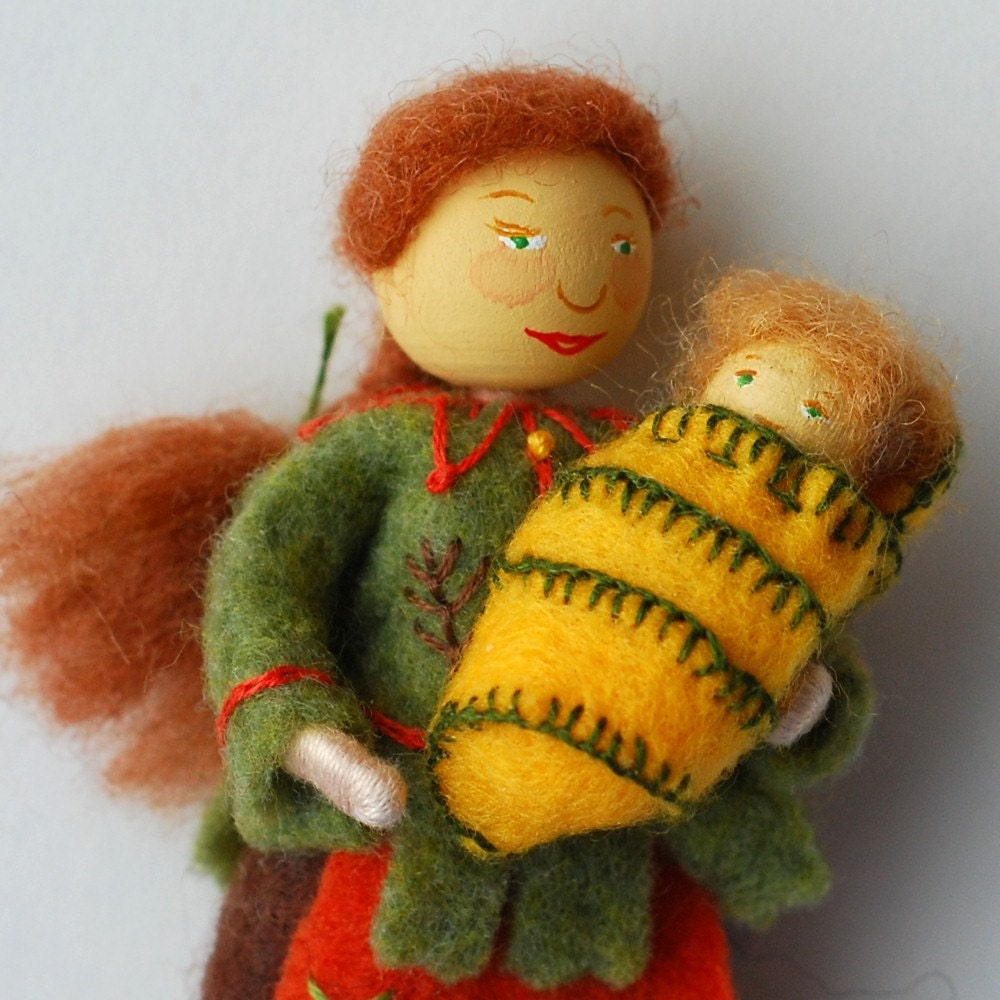 Wee Flower Folk Dolls Kandace and Kenny by handiworksgifts