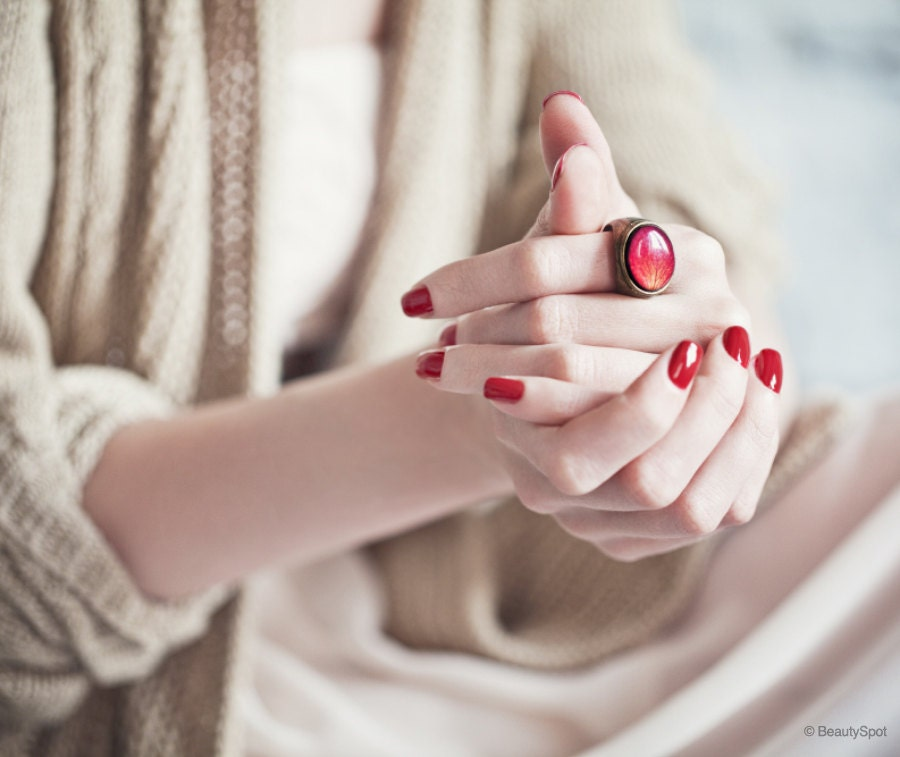 Red Rose statement ring - Oval cocktail ring - Bloom Collection by beautyspot  (R059) - BeautySpot