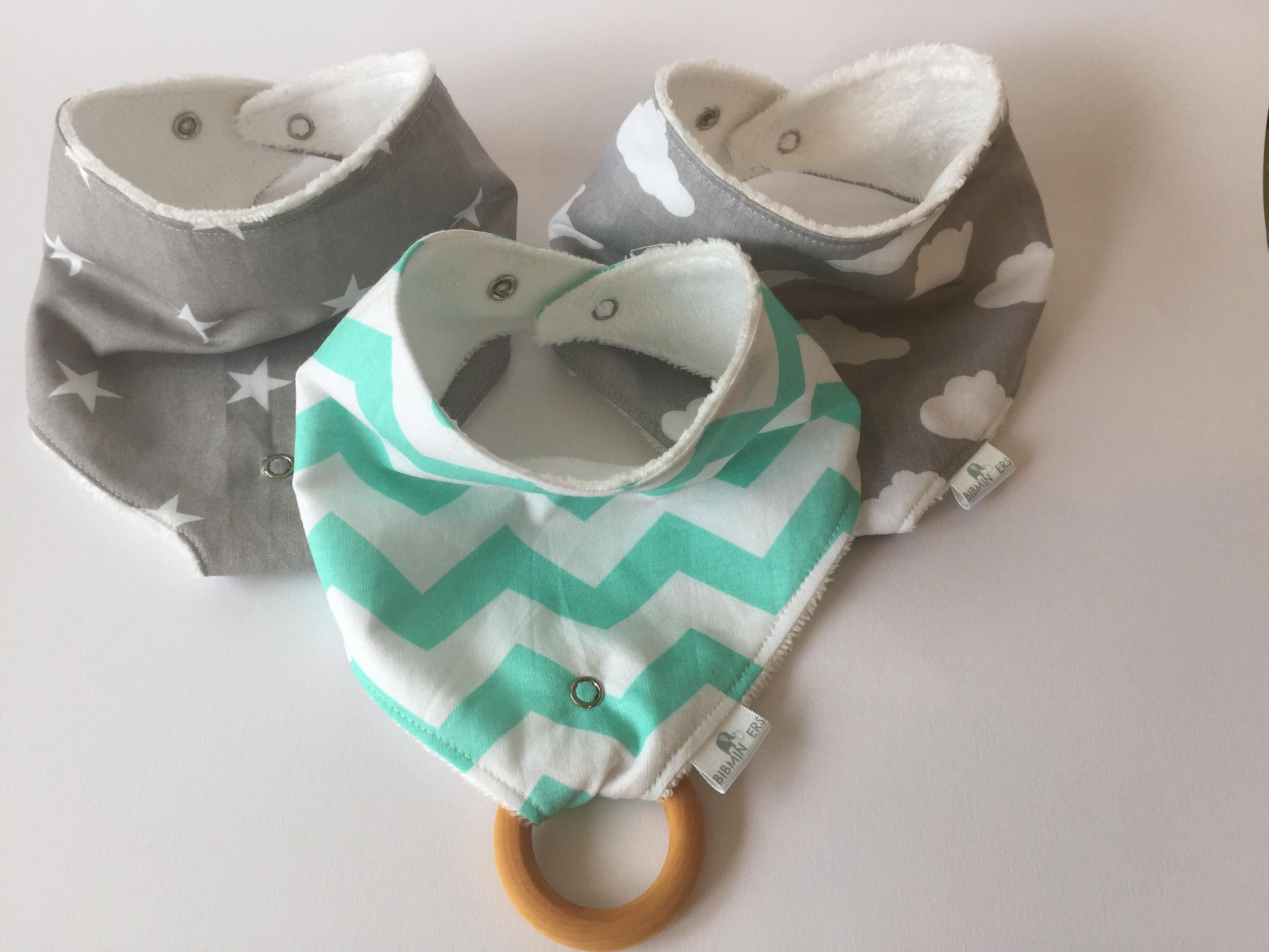 Baby gift set. Stylish Mint and Grey dribble bib gift set with detachable wooden teething toy