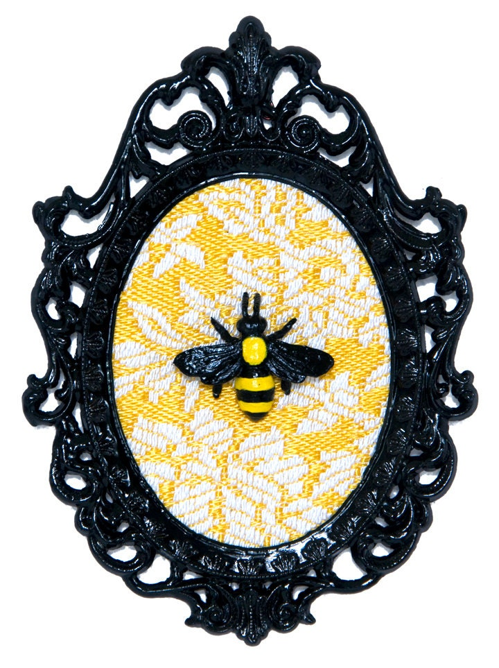 Bumble bee in victorian frame wall art decor by deviantdecor for Bumble bee mural