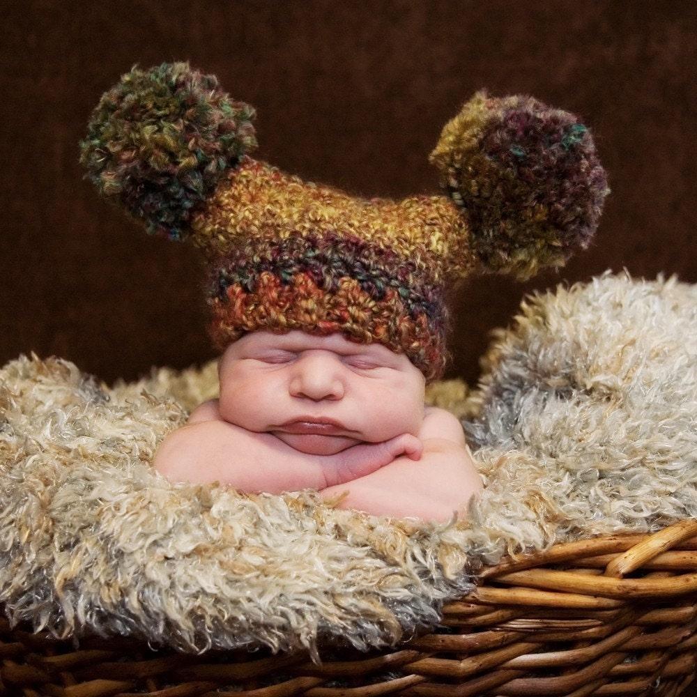 ready 2 ship  MELTED CRAYONS Pom Pom Love Baby Hat - Newborn size