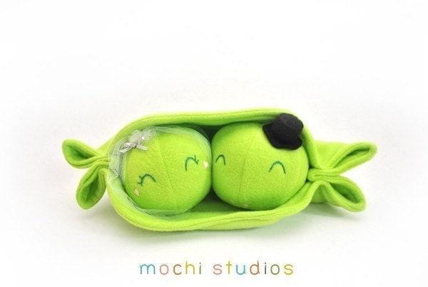 Sugar spice design etsy find bride and groom pea pod plush for Peas in a pod craft