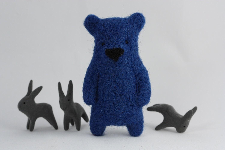 A blue bear brooch - ememem