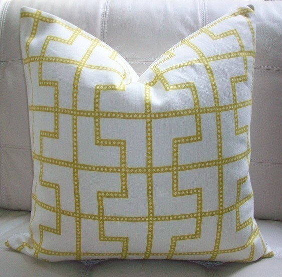 NEW DECORATIVE DESIGNER PILLOW COVER - 18X18 - CELERIE KEMBLE - BLEECKER PRINT IN ABSINTHE