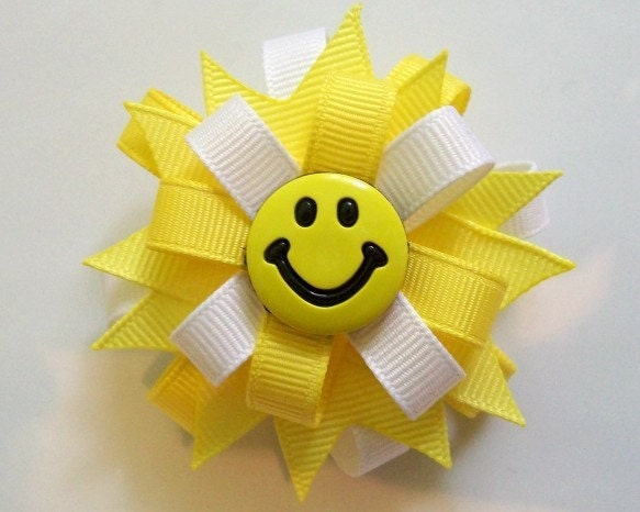 smiley sun face. SUNSHINE Sunny Sun Smiley Face