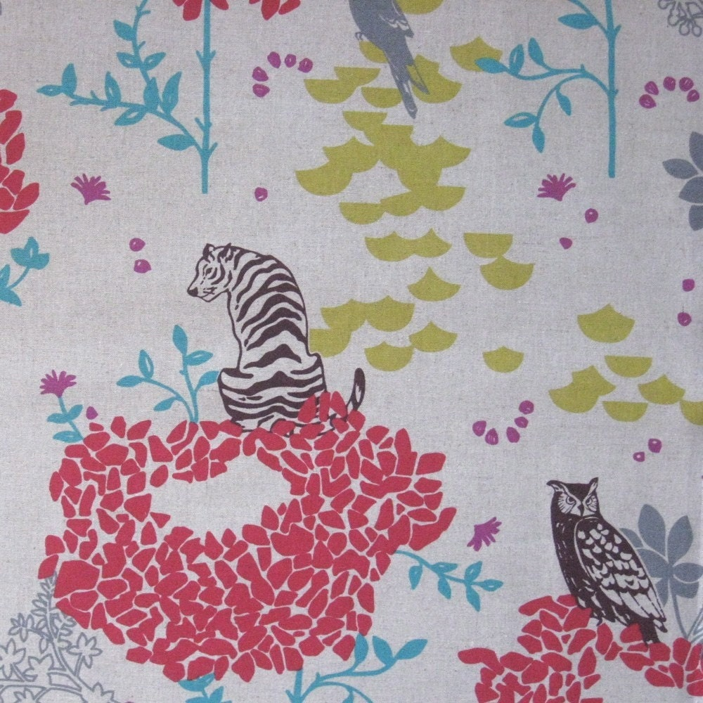 Echino decorator print - 1 yard cream Tiger on Flower