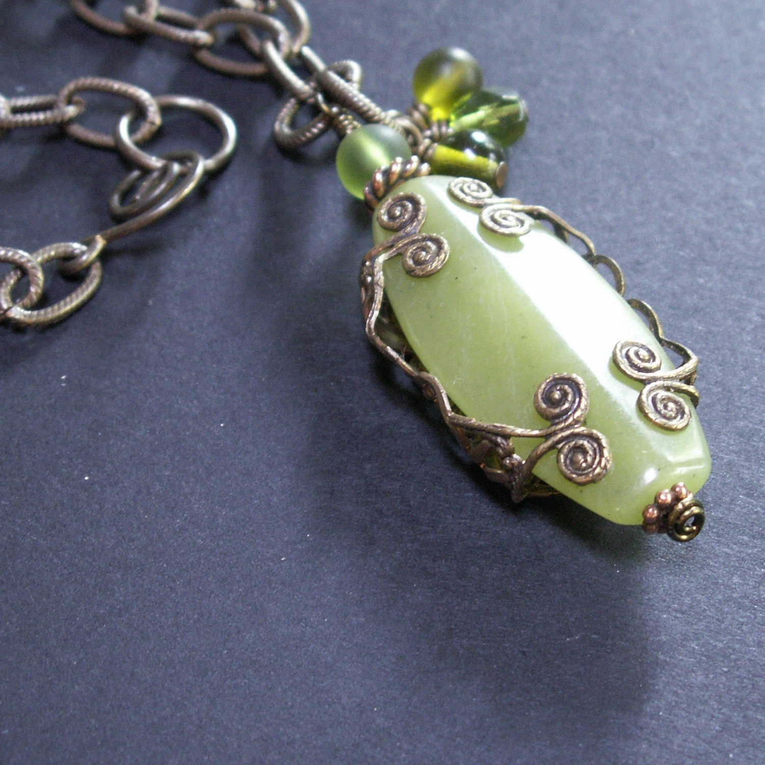 handmade jewelry necklace brass filigree serpentine olive jade green