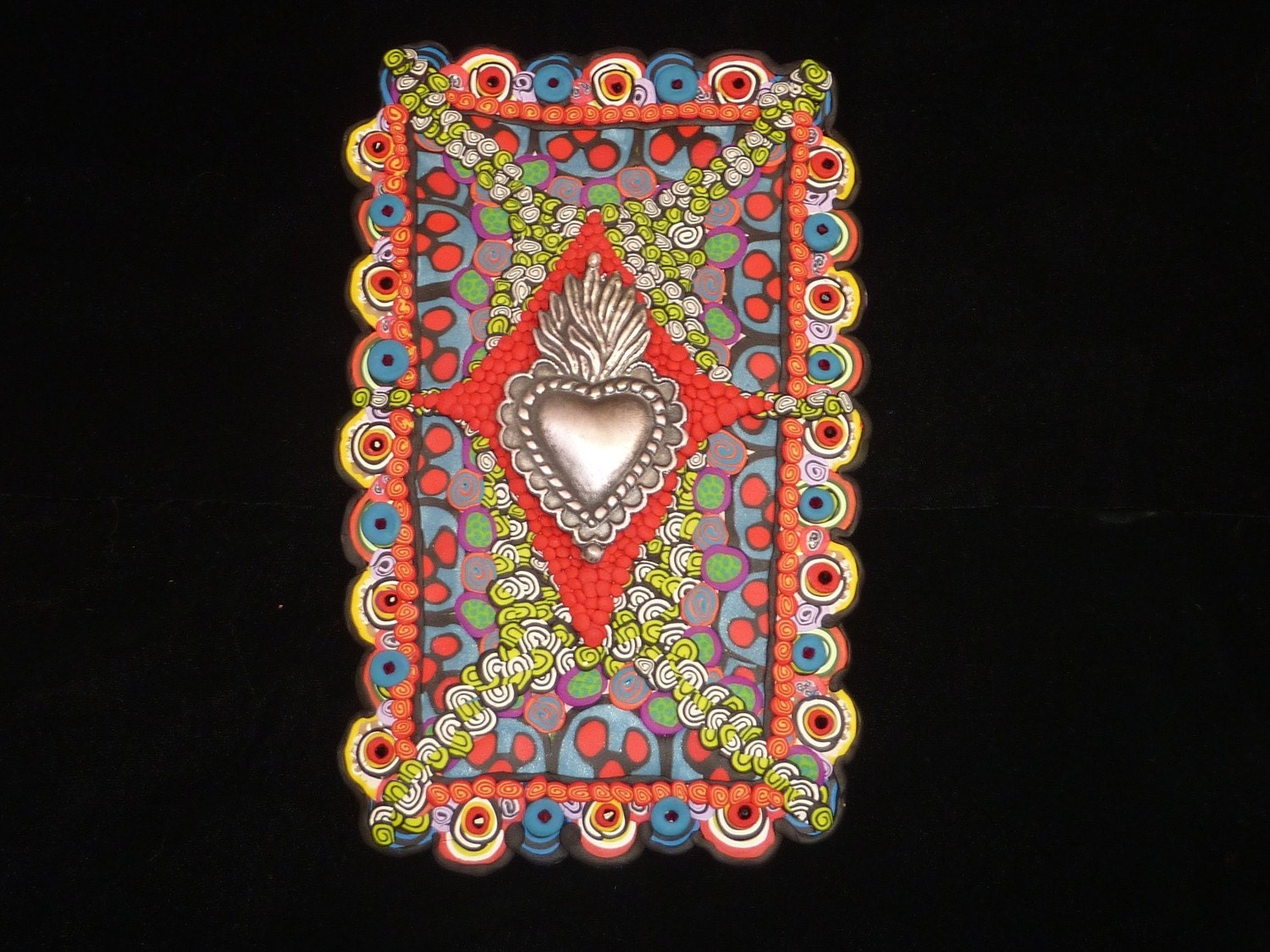 Mexicolor Clay Mosaic Wall Hanging with Sacred Heart Milagro
