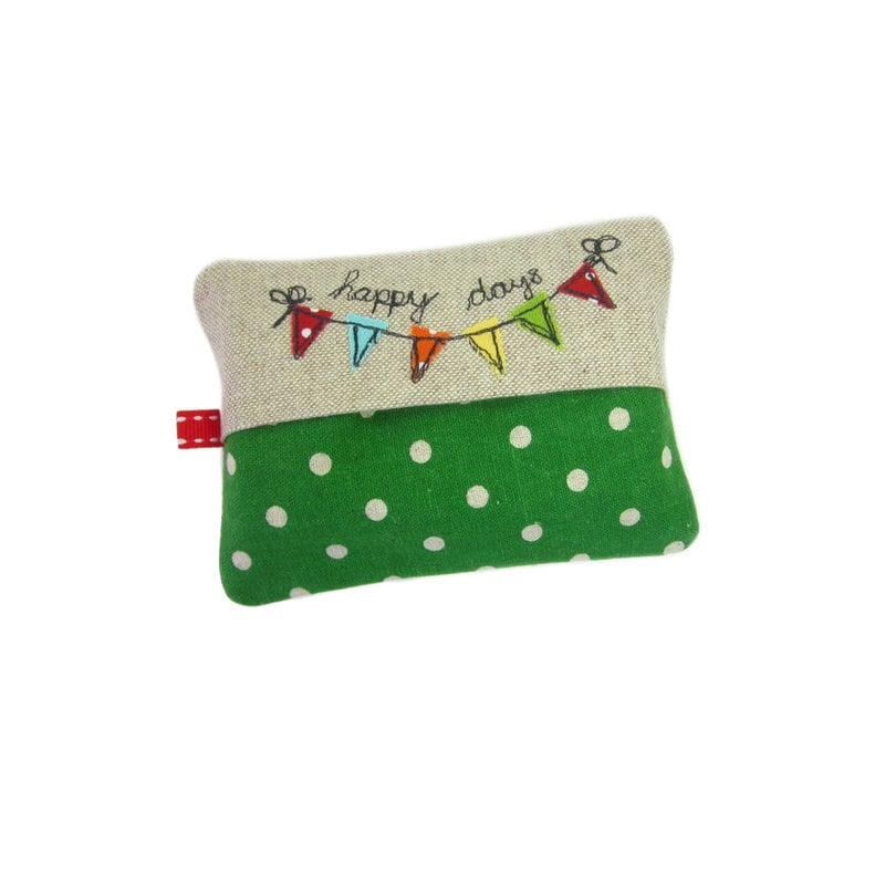Travel Tissue Case Pocket Tissue Cover Pocket Tissue Holder Bunting Purse Tissue Holder Stocking Stuffer