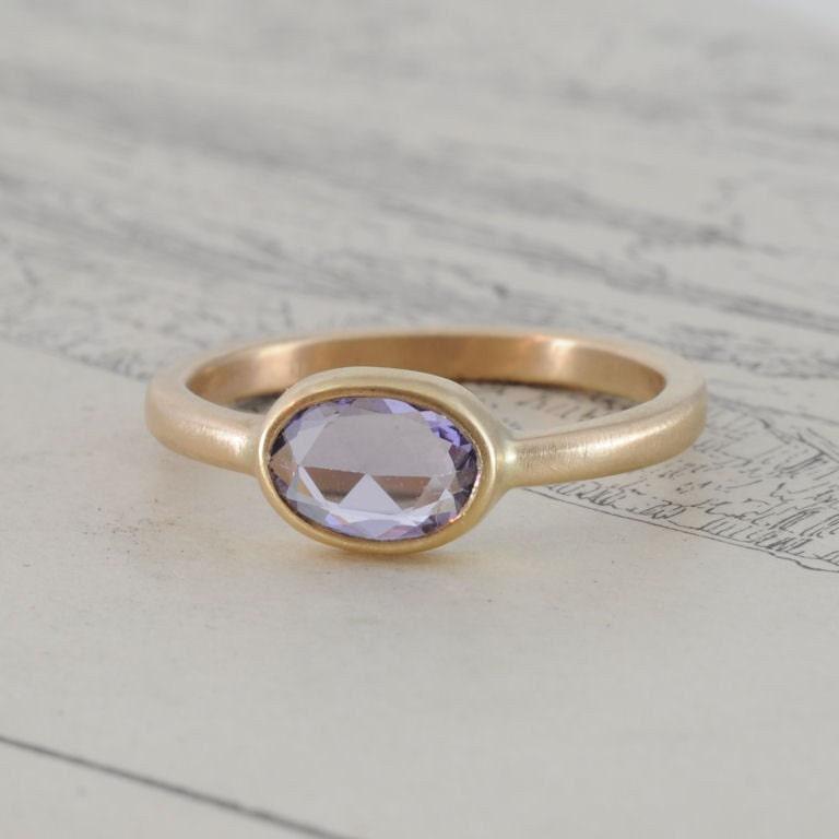 Rose Cut Sapphire bezel ring, 18k yellow gold