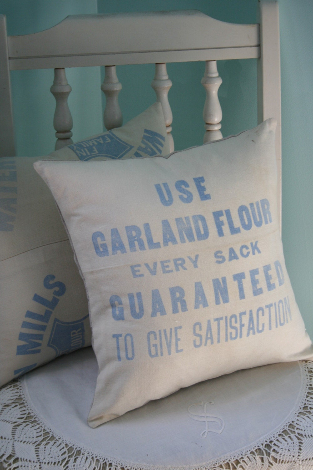 Vintage Garland Flour Sack PILLOW COVER - 14 Inch