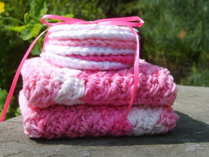 Cotton Washcloth - Facial Scrubbie Set in Pink   Cotton Washcloth - Facial Scrubbie Set in Pink