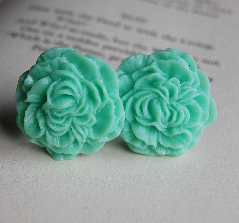 Мятного цвета цветы фото